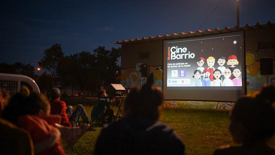 """Comenzó el ciclo """"Nuestro Cine, Nuestro Barrio"""" en San Francisco"""
